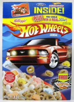Does this come with a Hot Wheels track inside?