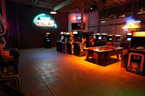 flynns arcade1_700
